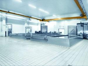 2 - Salzbad mit vollautomatischer Be- und Entladestation